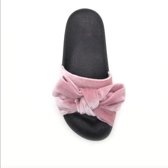 f5f6e2894607 VIOLA🌸 velvet bow slides sandals blush pink black